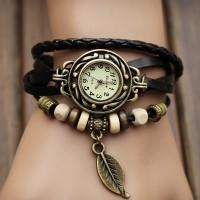 Дамски часовник с листо